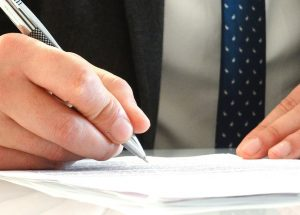 5 Questions You Should Ask When Hiring A Best Lawyer In UK